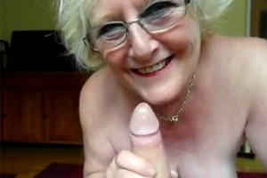 ma grand mere salope femme cougar sexy
